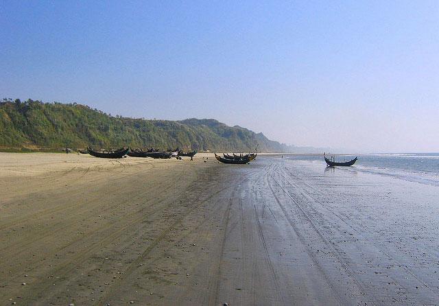 A Retreat to Bakkhali 1