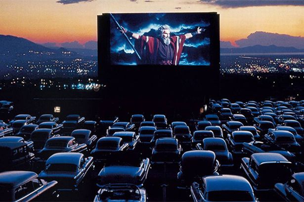 The Magic Of Drive In Theatres Daily Hawker