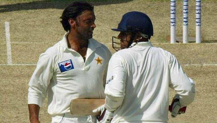 Virender Sehwag telling Shoaib Akthar