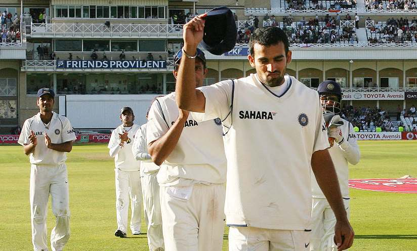 Zaheer Khan guiding India to victory with a 5-wicket haul