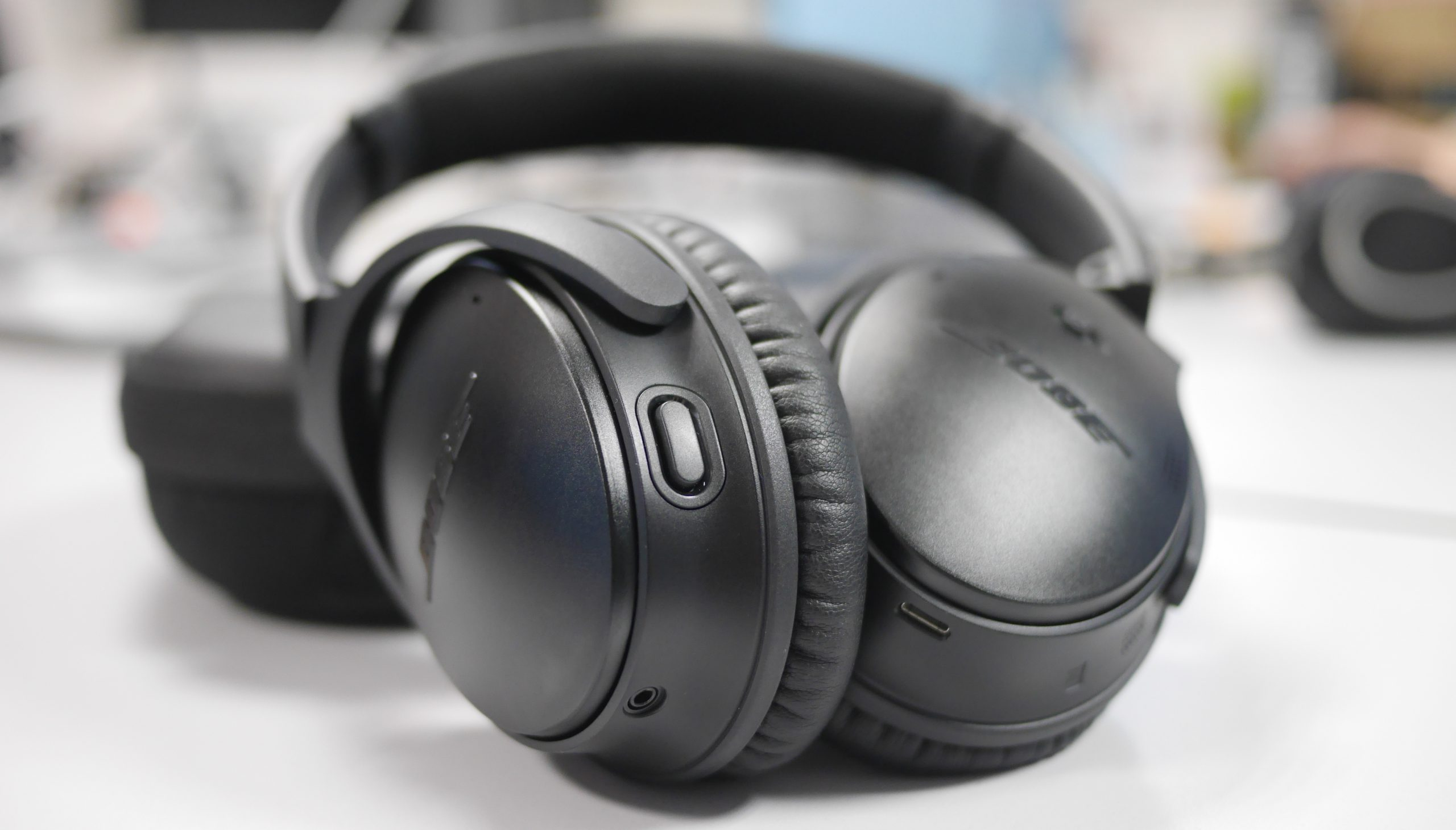 Top 10 Best Headphones Under 10k In India 2019 Buyer S Guide Reviews Daily Hawker