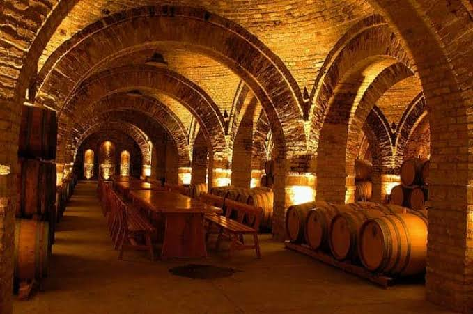 Faust Wine Cellars