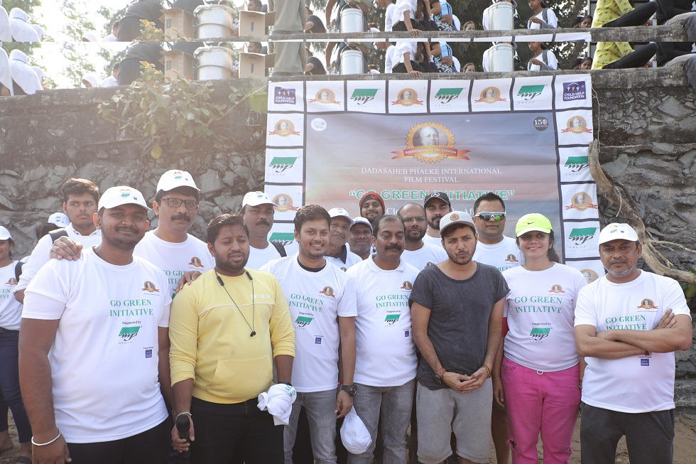 Beach cleanliness drive by DPIFF team