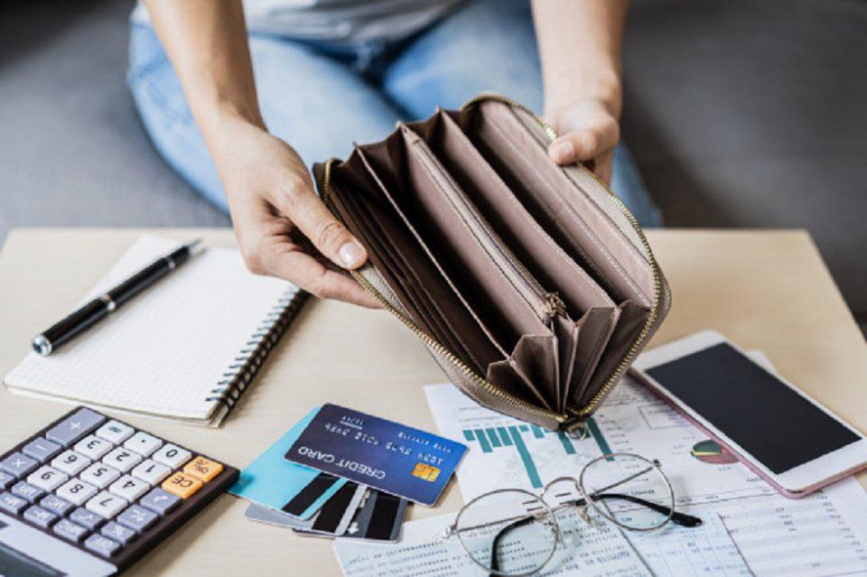 Payday Loans vs Long Term Loans